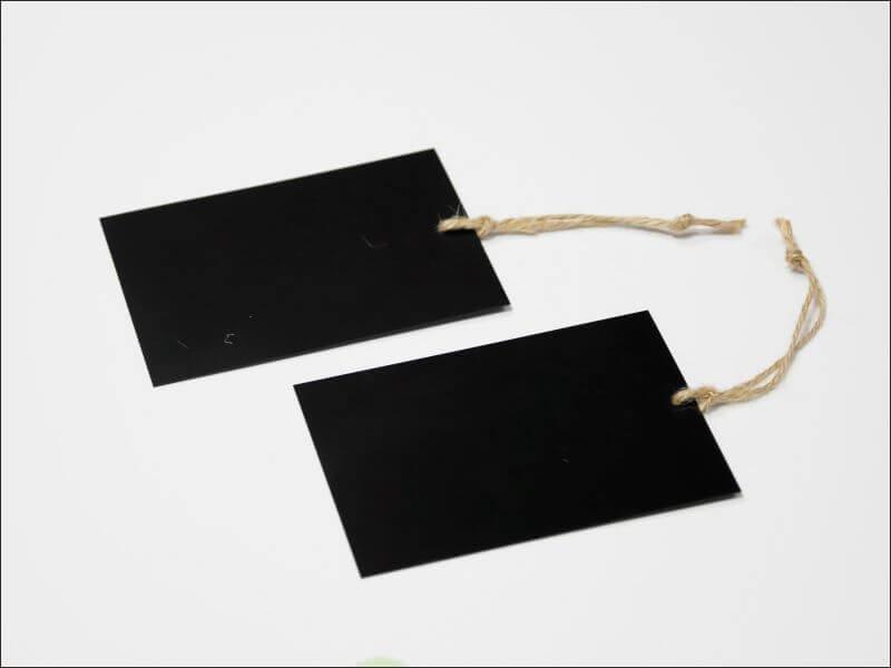 cenówka kredowa prostokątna ze sznurkiem